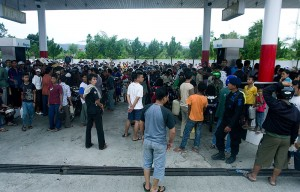Everyone was trying to fill up their fuel tanks