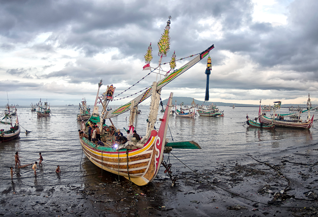 Once a year, Kampung Muncar holds a very colourful sea festival named Petk Laut Muncar, and these eye-catching fishing boats are part of the action